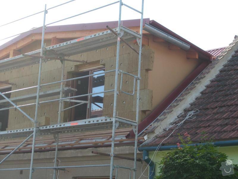 Obklad RD - Podbití přesahu střechy plastovými palubkami: stit_pred_podbitim