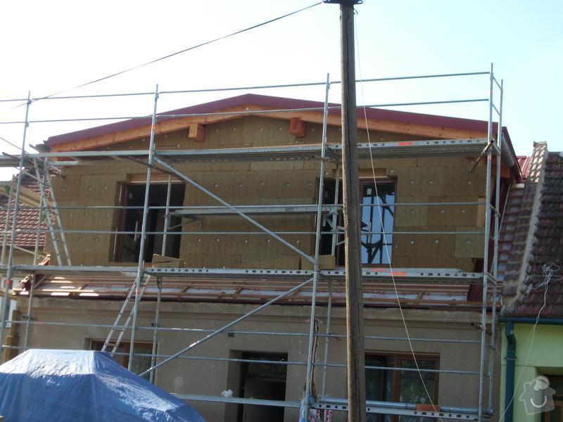 Obklad RD - Podbití přesahu střechy plastovými palubkami: stit_pred_podbitim2
