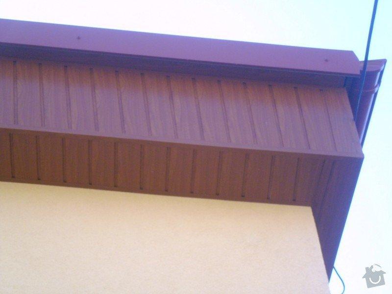 Obklad RD - Podbití přesahu střechy plastovými palubkami: P1010117