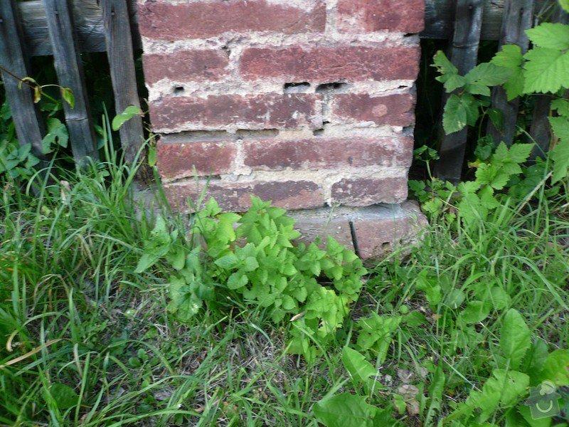 Dostavba 3m kamenné zdi oplocení, oprava 2 cihlových sloupků oplocení.: zed_09-sloupek