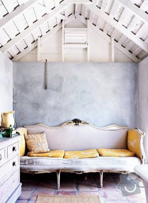 Malování & oprava stěn: rough-wall-via-virginia-macdonald