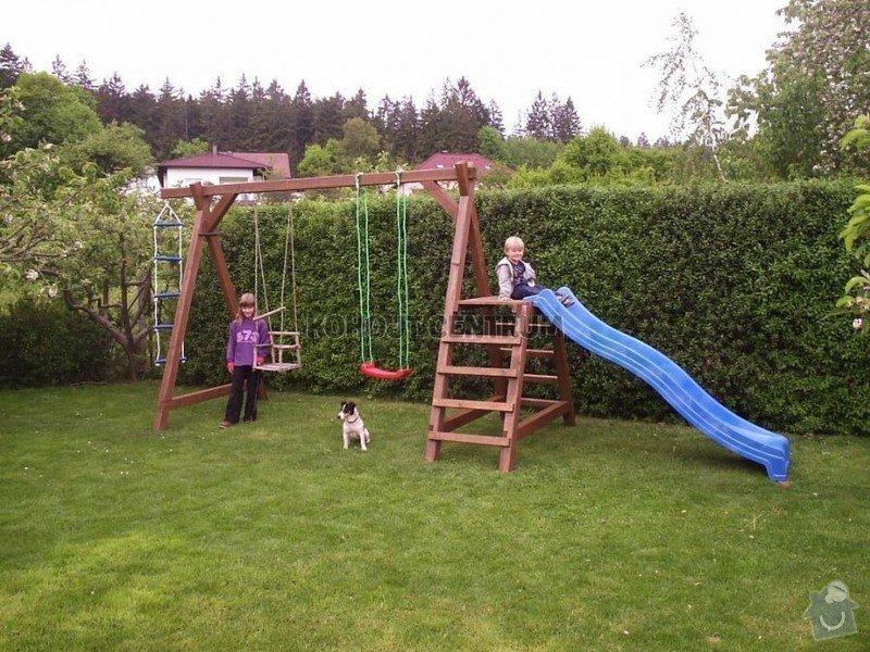Zahradní dětská houpačka: houpacka