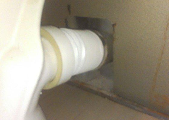 Oprava instalace wc