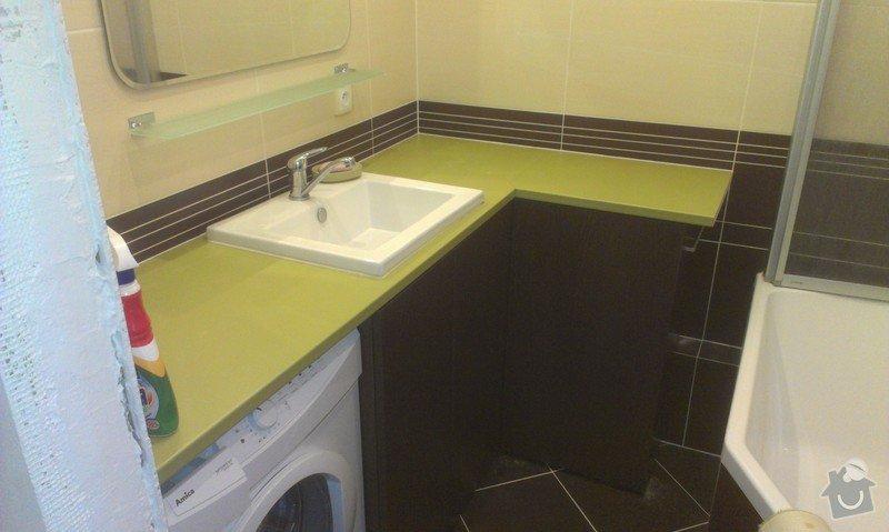 Sestavení a obsilikonování skříněk v koupelně: IMAG2440