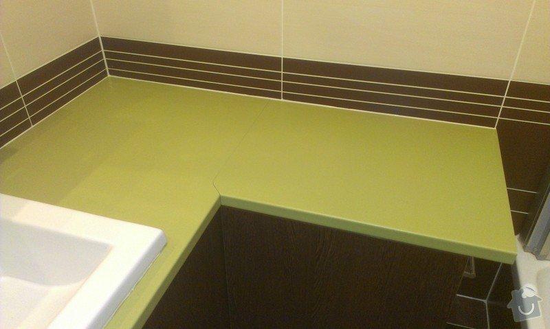 Sestavení a obsilikonování skříněk v koupelně: IMAG2442