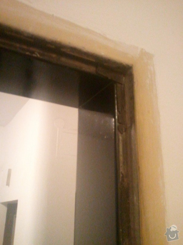 Zabezpeční stávajícíh bezpečnostních dveří: WP_001017