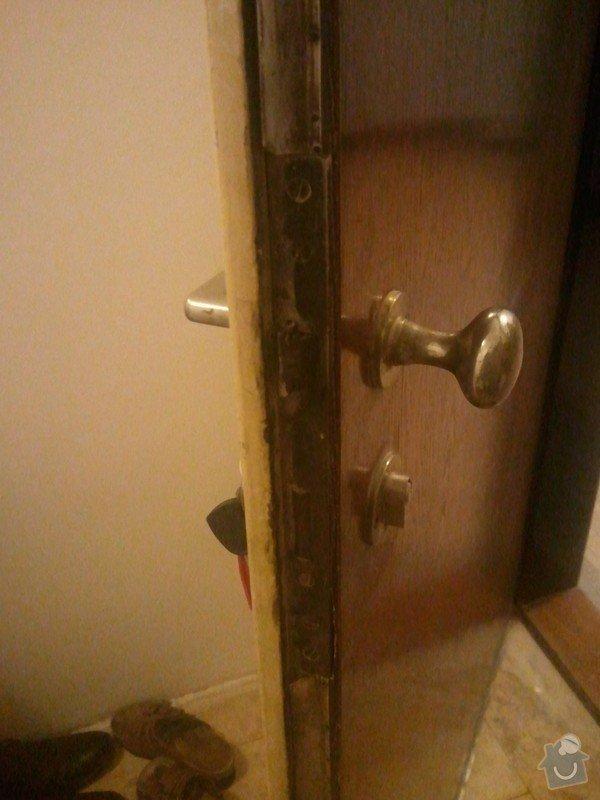 Zabezpeční stávajícíh bezpečnostních dveří: WP_001018