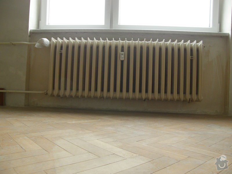 Demontáž 2 ks litinových radiátorů včetně likvidace, : P8200212