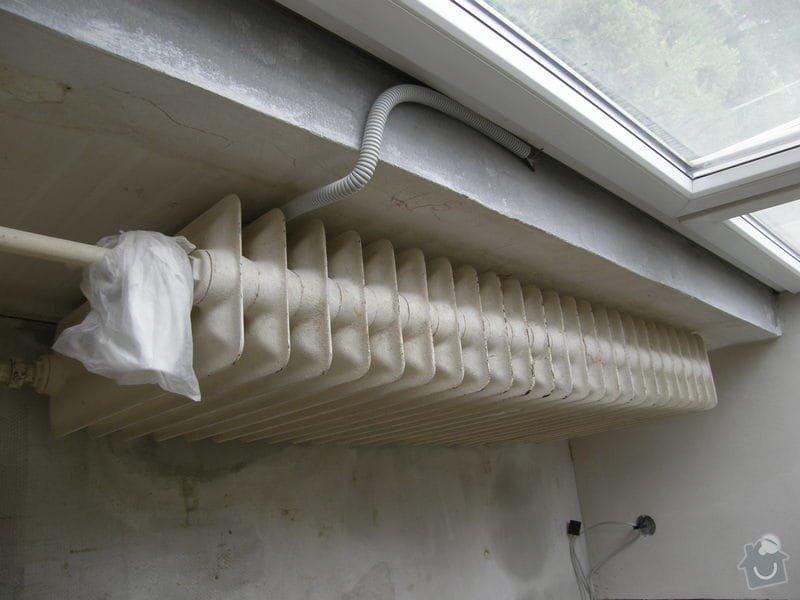 Demontáž 2 ks litinových radiátorů včetně likvidace, : P8200214