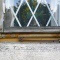 Natreni napusteni bezbarvym luxolem oprava a kytovani 8mi dre okno 03 1