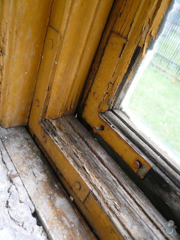 Natření/napuštění bezbarvým Luxolem, oprava a kytování  8mi dřevěných venkovních oken: okno_14-1