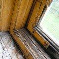 Natreni napusteni bezbarvym luxolem oprava a kytovani 8mi dre okno 14 1