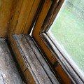 Natreni napusteni bezbarvym luxolem oprava a kytovani 8mi dre okno 15 1
