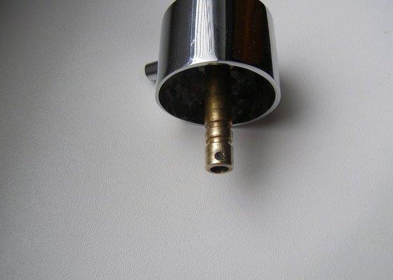 Oprava sprchového boxu