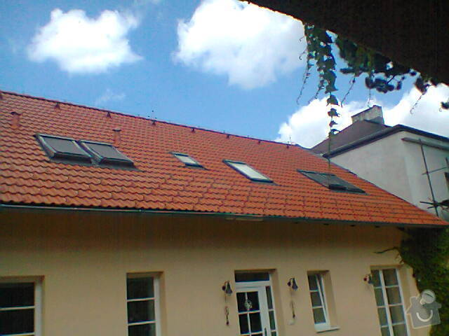 Podbití střechy RD: Fotografie0825