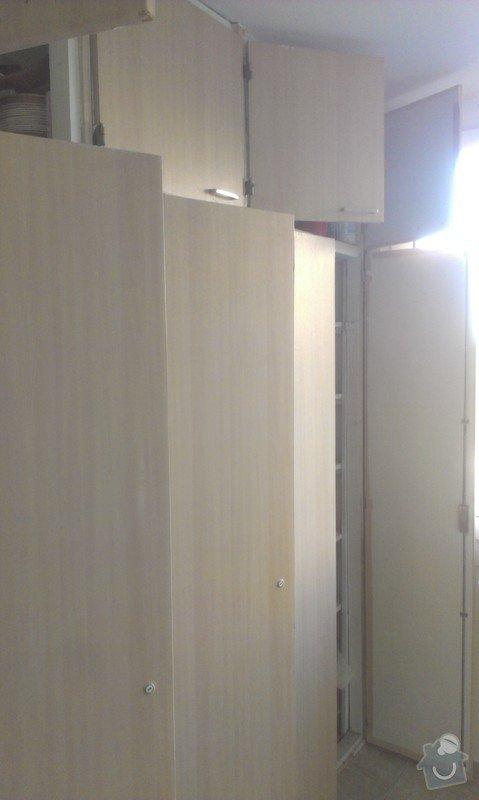 SPECHA! Sadrokarton, polepeni skrine folii, vymena zasuvek, instalace novych podlahovych list: IMAG2493