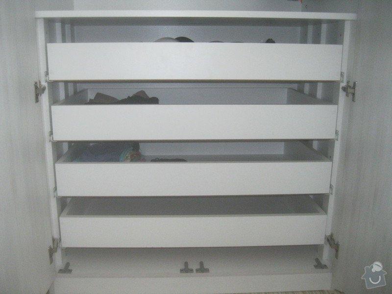 Výroba šatní skříně: 067