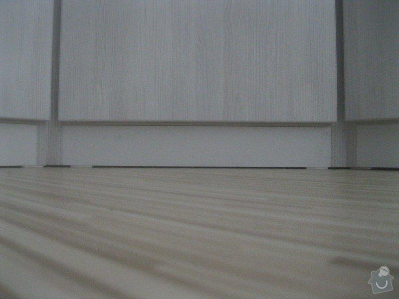Výroba šatní skříně: 070