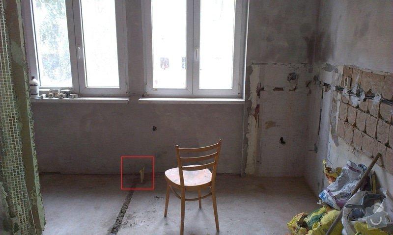 Topenářské práce: IMAG0352_kuchyn_zem