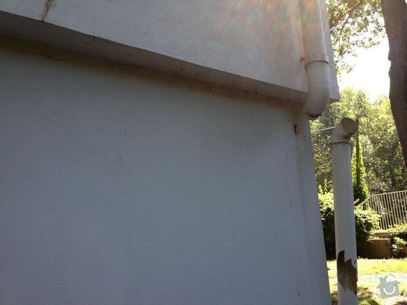 Oprava okapního plastového žlabu cca 2m a svodu cca 3 m: IMG_1252