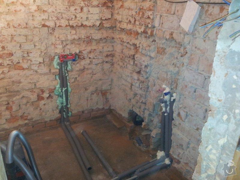Rekonstrukce RD: rozpracovanost_koupelna1