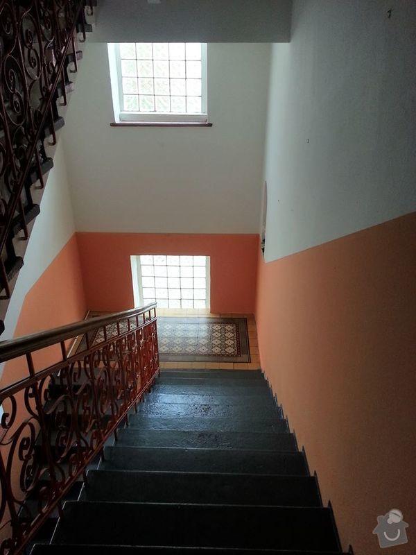 Výmalba schodiště a chodby: schodiste2