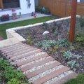schody_v_zahrade