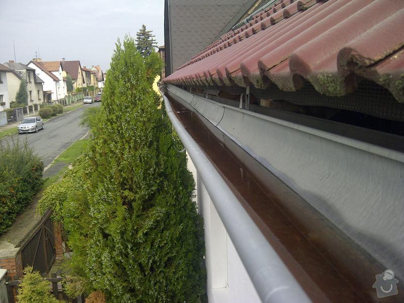 Oprava stávajícího okapu a dodávka nového: Praha-20130828-00104