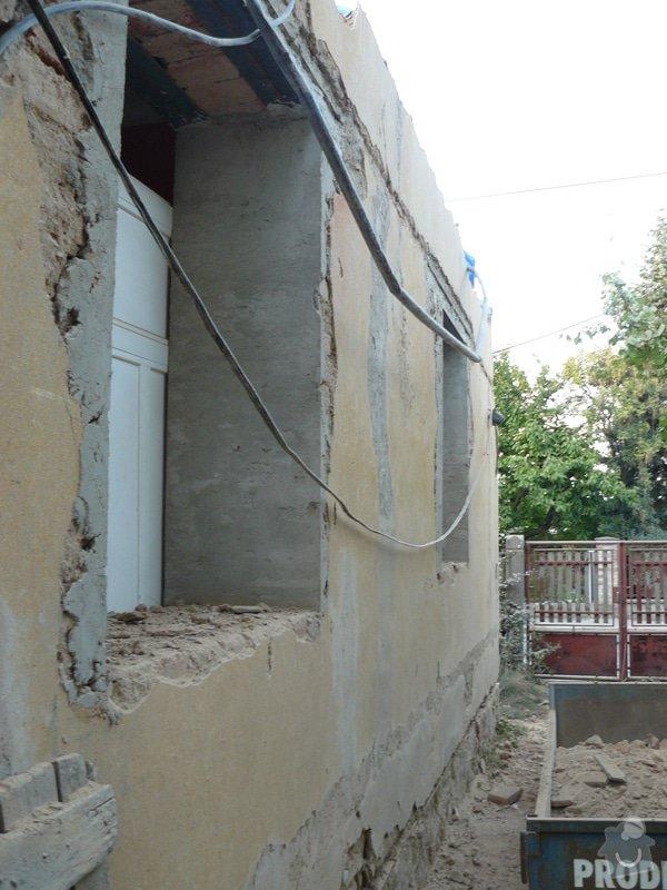 Rekonstrukce střechy: Vjezd_novy