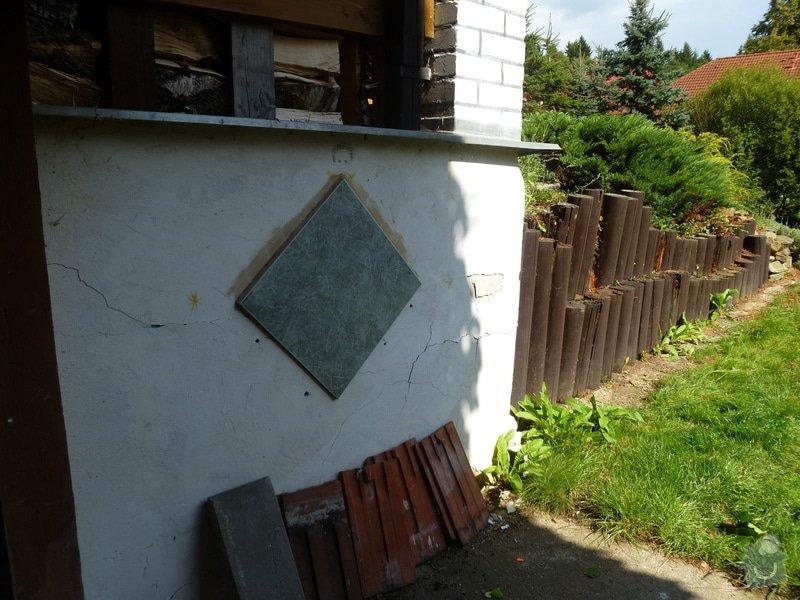 Zbourání stávající zídky(zděná + dřevěná palisáda ) vyhotovení nové opěrné zídky  : P1030409