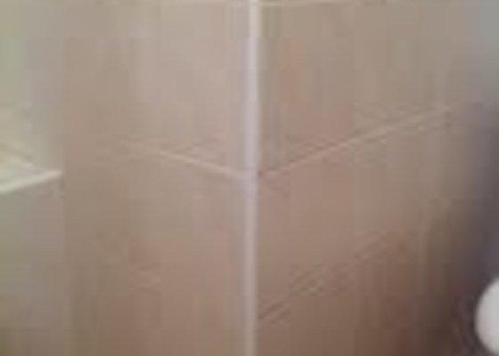 Obklady v koupelně, instalace el. odsavače par v koupelně