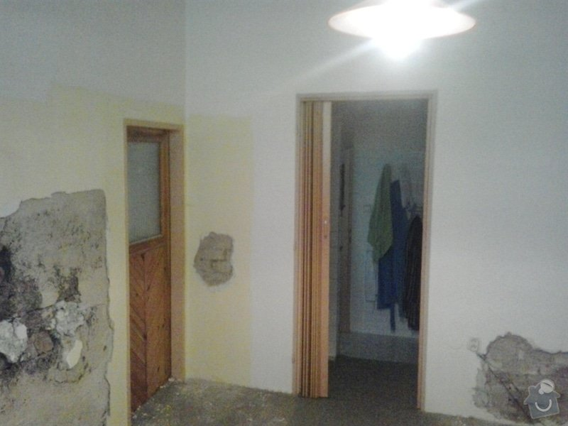 Rekonstrukci pokoje s vyzdívkou a zhotovení betonových schodů: 20130903_085703