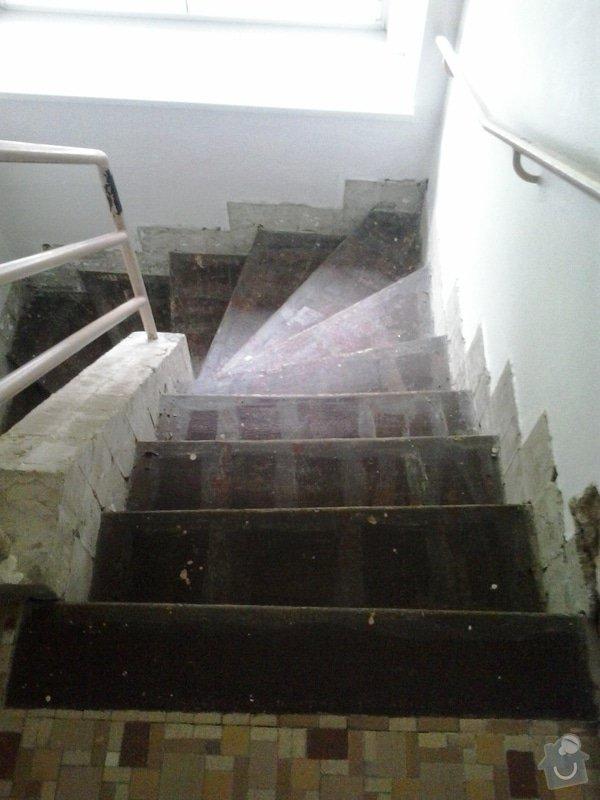 Rekonstrukci pokoje s vyzdívkou a zhotovení betonových schodů: 20130903_083613