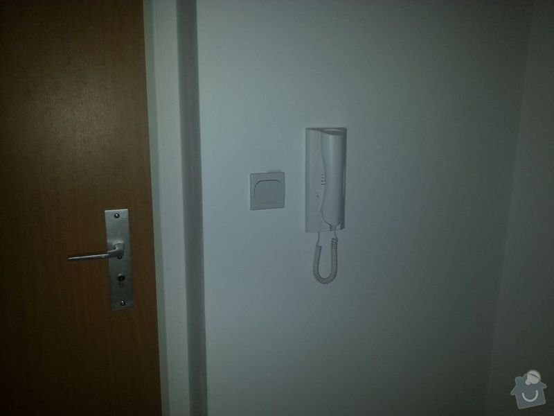 Přemístění domovního zvonku v bytě : 20130903_131153