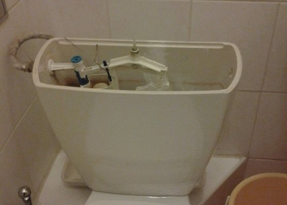 Výměna WC nádrže