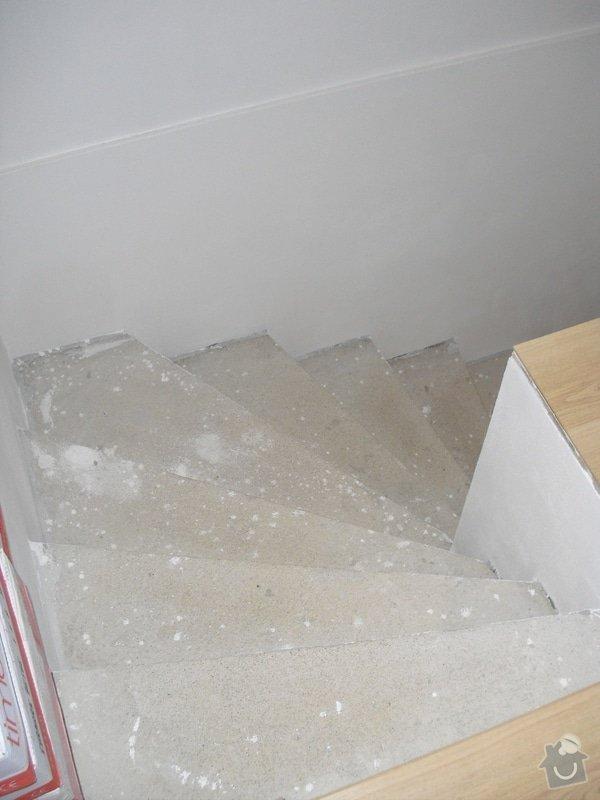 Obložení schodiště dlažbou: CIMG3504