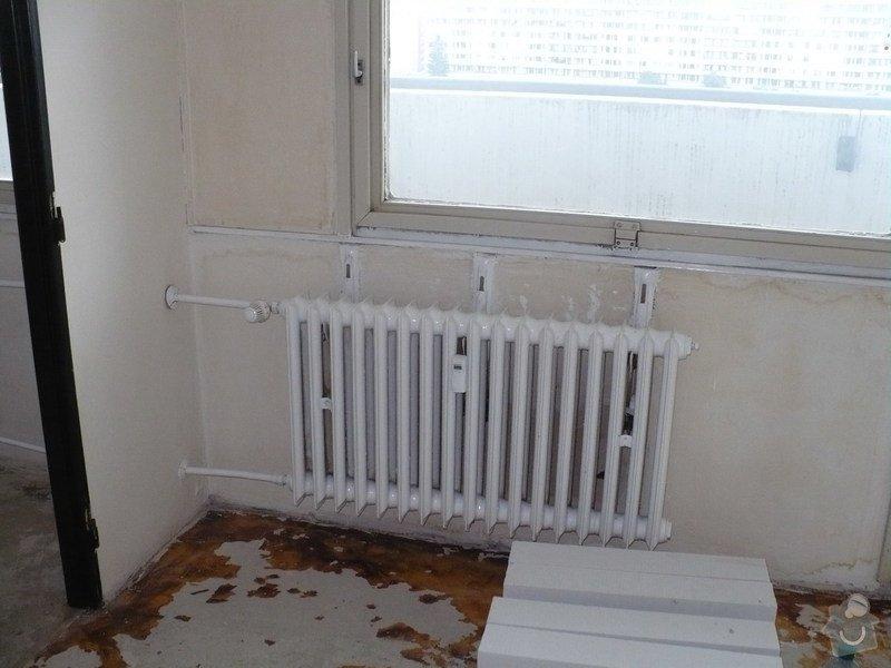 Výměna radiátorů v panelovém domě: Obyvak_r