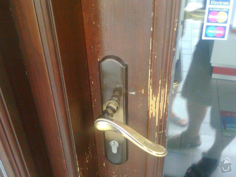 Oprava dřevěných výkladců a dveří: Fotografie0107