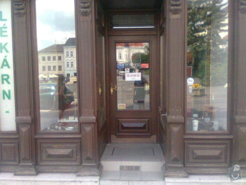 Oprava dřevěných výkladců a dveří: Fotografie0112