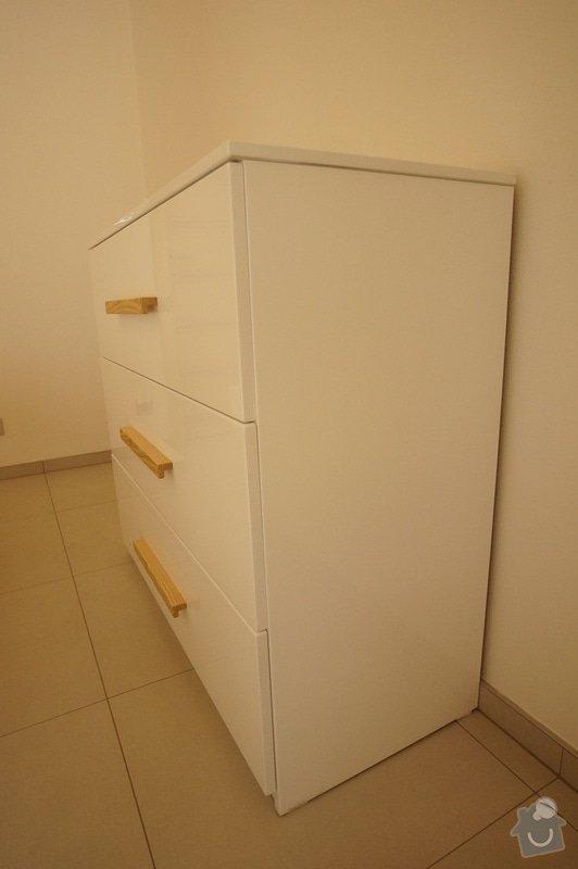 Ložnice a jídelní stůl: DSC05851