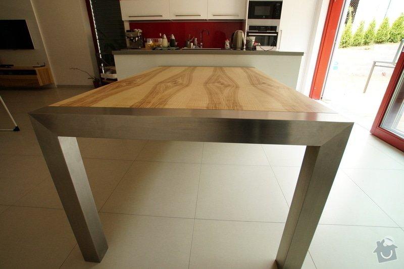 Ložnice a jídelní stůl: DSC05860