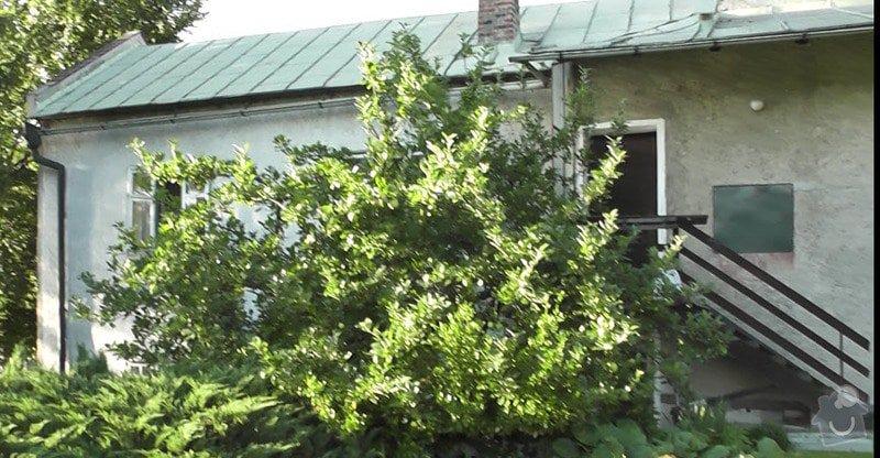 Natření plechové střechy a oprava okapů.: strecha