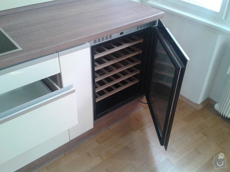 Celková rekonstrukce bytu + kuchyňská linka, vestavěné skříně, zakázk. nábytek: 20130904_151342
