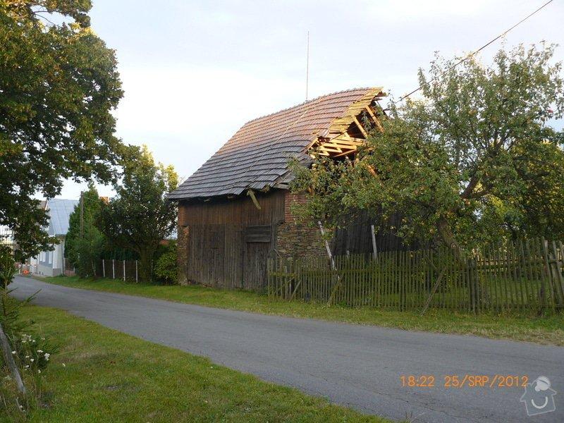 Demolice střechy stodoly - : stodola_srpen_2012_023