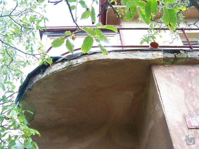 Výměna okapů, omítnutí vnějšího pláště, drobná oprava střechy: 100_7125