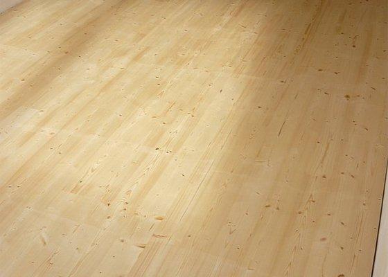 Položení smrkové palubkové podlahy cca 40m2
