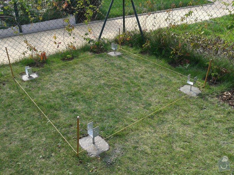 Podlazka a ukotveni pro zahradni domek: Pracovni_077