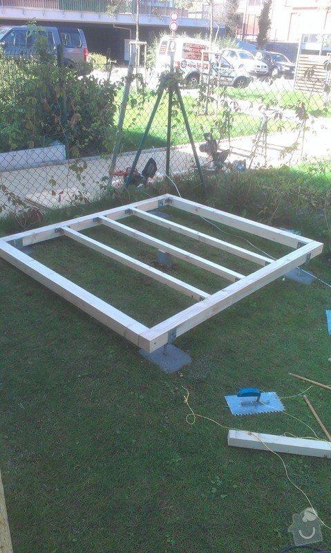 Podlazka a ukotveni pro zahradni domek: IMAG2664