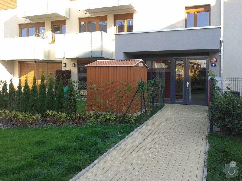 Podlazka a ukotveni pro zahradni domek: Pracovni_084