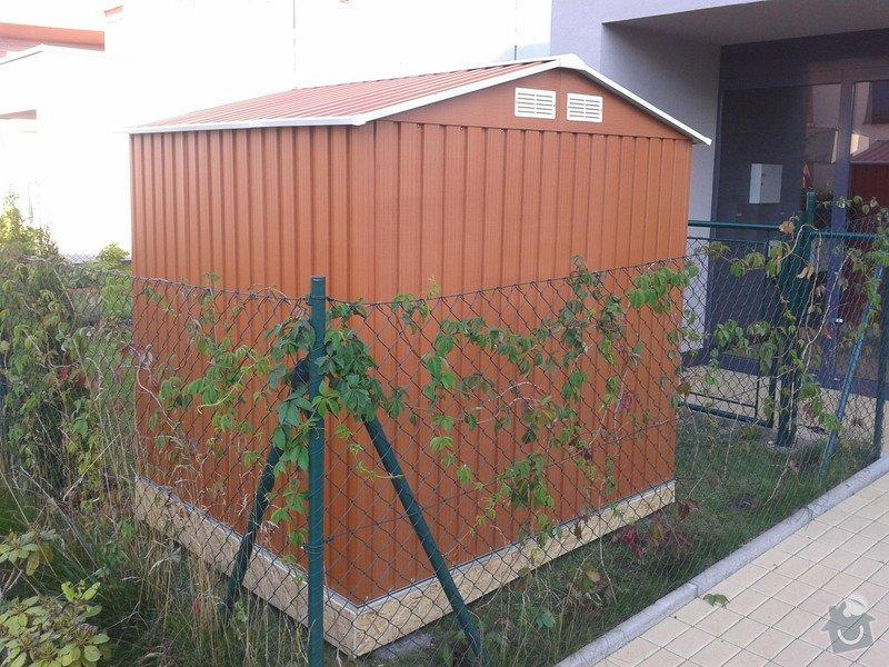 Podlazka a ukotveni pro zahradni domek: Pracovni_086